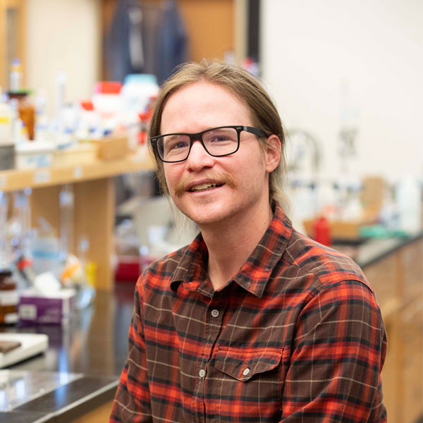 Eli Fahrenkrug Receives $55,000 Grant for Research Fellowships